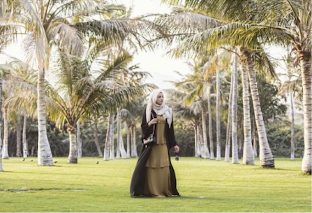 Influencer Summer Albarcha visit to Oman and Amal Al Raisi's boutique